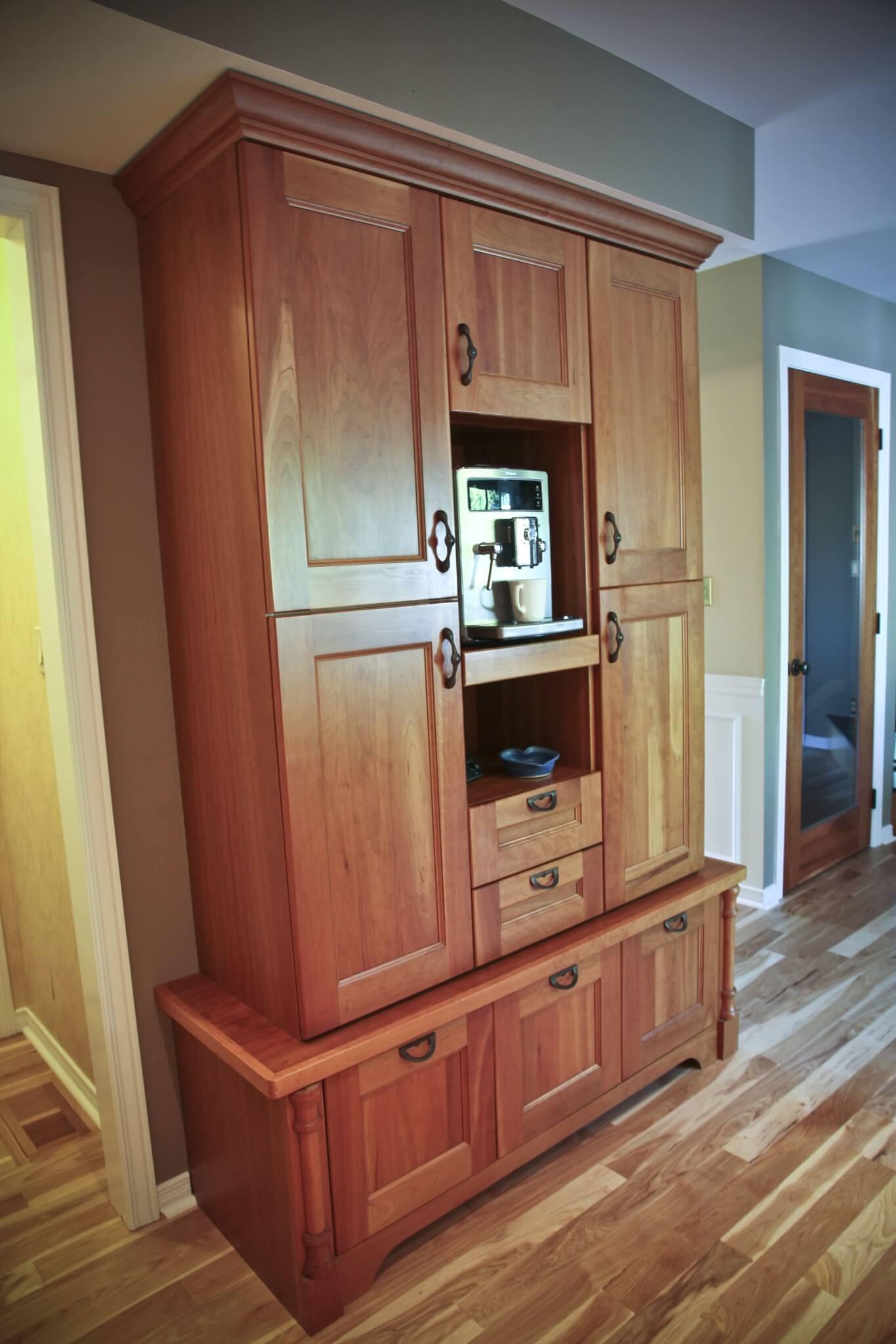 Georgian Door In Cherry Oil Rubbed Hickory Floors Cataraqui Cabinets