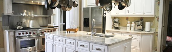 Should You Paint or Replace Your Kitchen Cabinets?